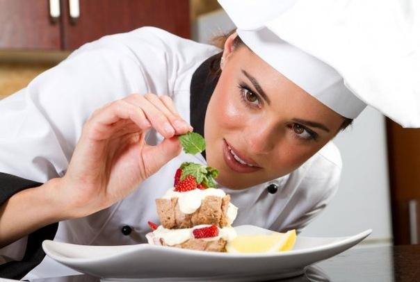 Женщина повар