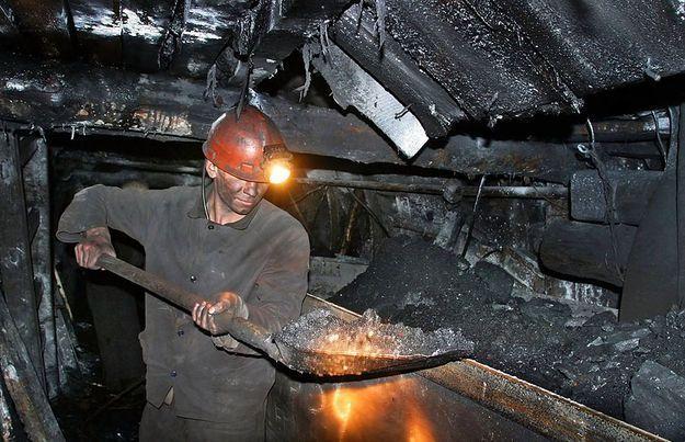 Работа шахтера