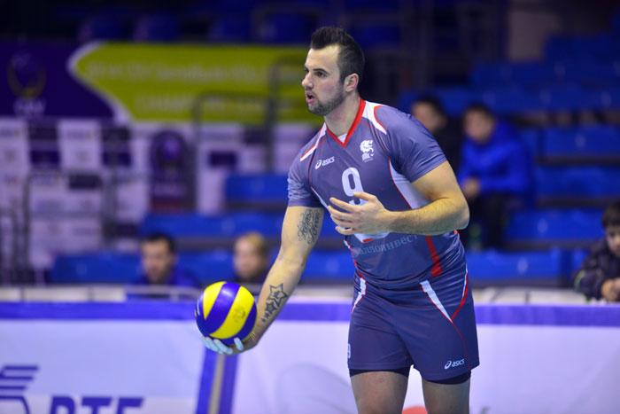 Спортсмен волейболист