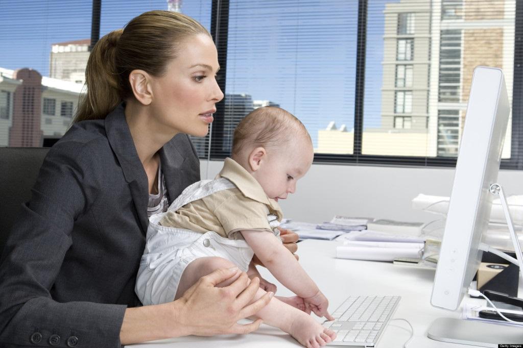 Помощь матерям-одиночкам в Москве
