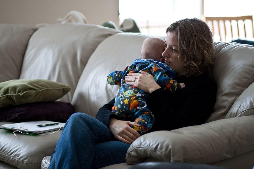 Можно ли сократить женщину с ребенком инвалидом