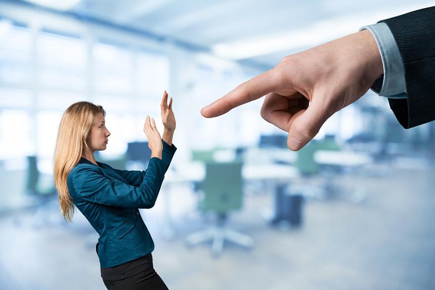 Что делать если заставляют уволиться